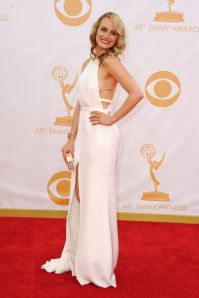 Taylor-Schilling-arrives-at-the-65th-Annual-Primetime-Emmy-Awards-2294209