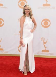 Taylor-Schilling-in-Thakoon-2013-Primetime-Emmy-Awards-6-600x823